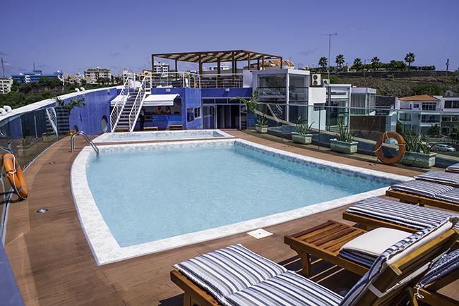 Cap vert ile de santiago hotel vip praia piscine vue