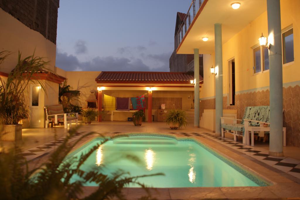 Cap vert ile de santiago tarafal casa strela chambre piscine