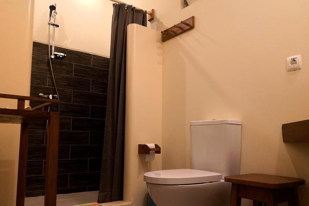 Cap vert ile de santiago tarafal casa strela salle de bain