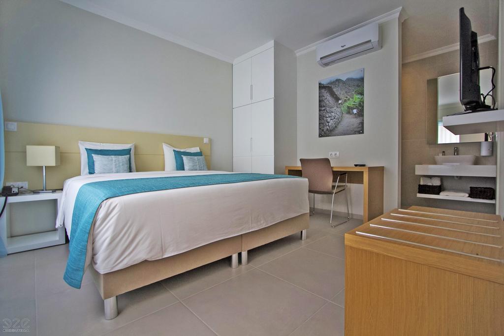Cap vert ile de santo antao hotel tiduca ponta do sol vue mer chambre