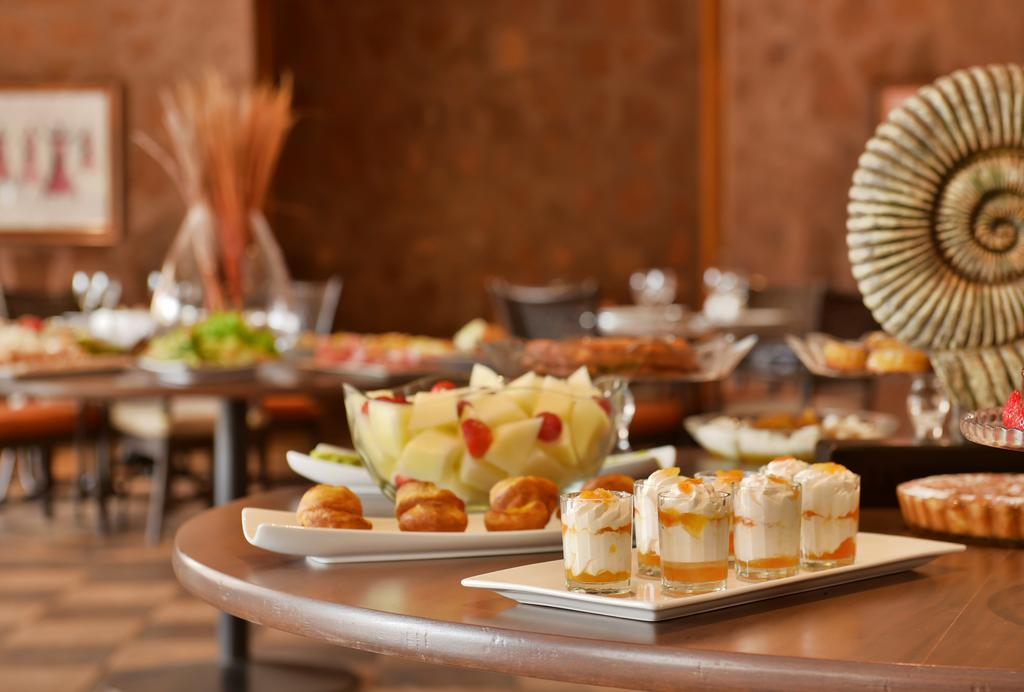 Cap vert ile du cap vert santiago pria hotel pestana tropico buffet