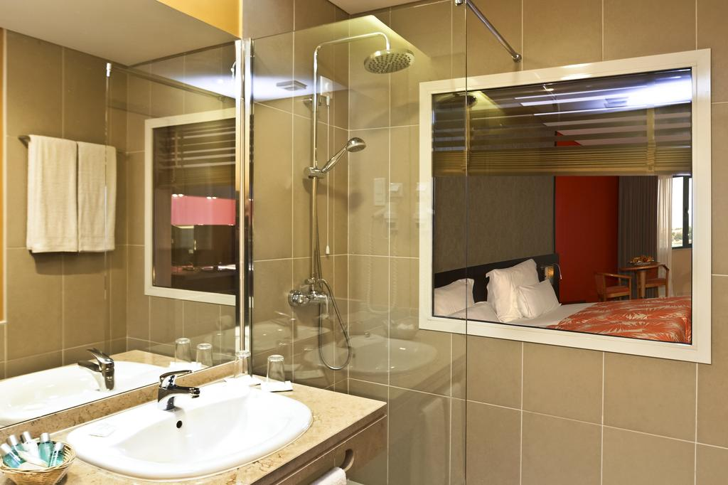 Cap vert ile du cap vert santiago pria hotel pestana tropico salle de bain