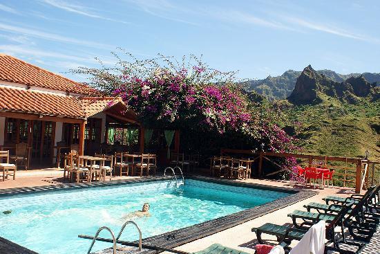 Cap vet ile de santo antao hotel pedracin village piscine 2