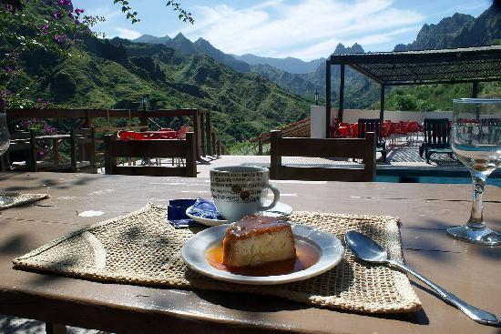 Cap vet ile de santo antao hotel pedracin village repas