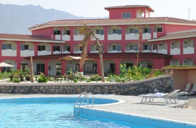 Cap vet ile de santo antao hotel santo art reort piscine