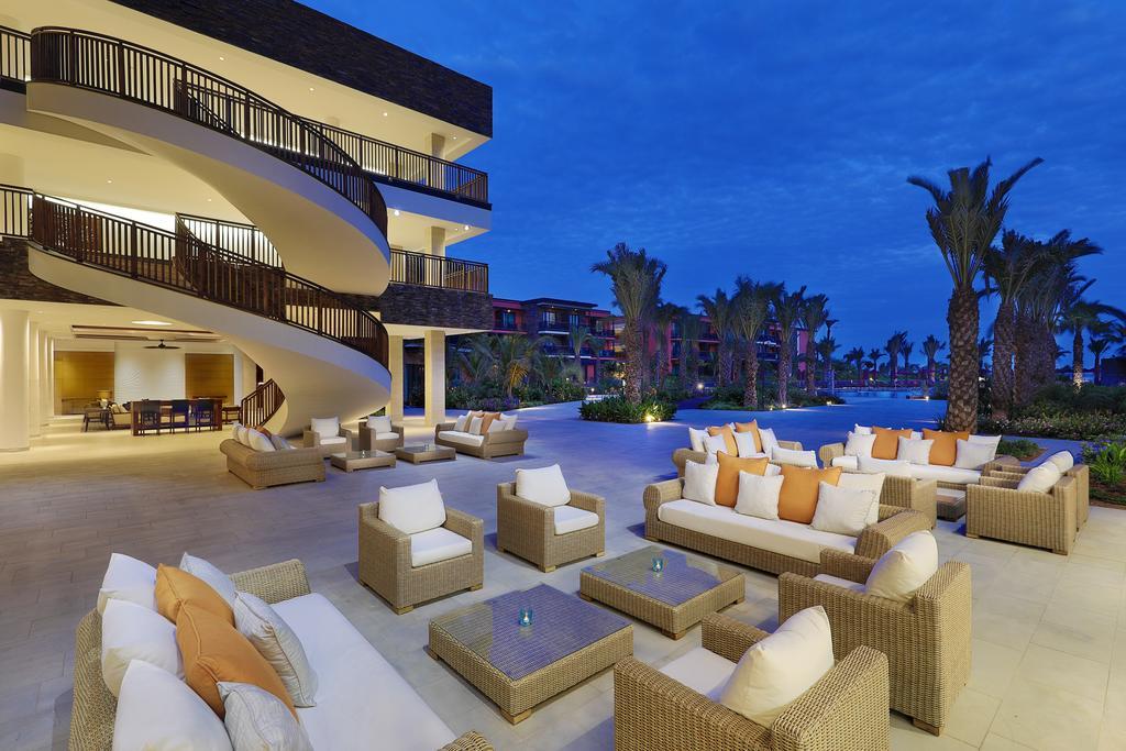 Image sejour/cap vert ile de sal hotel hilton bar piscine 2