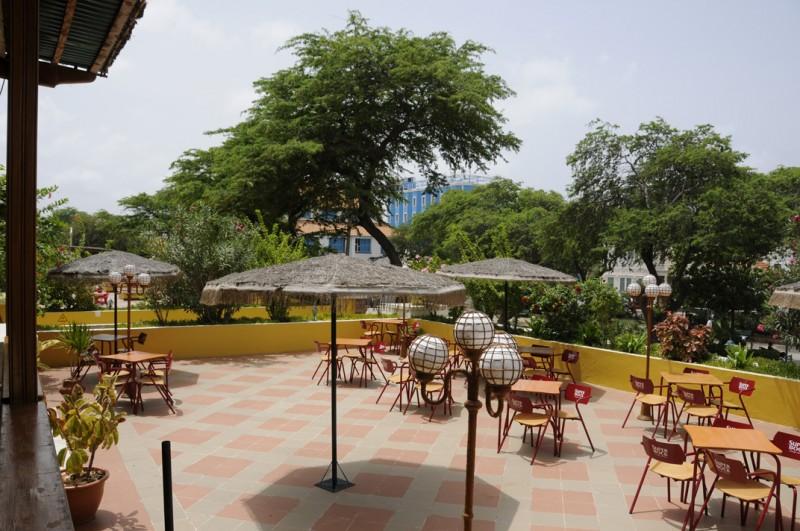 Image sejour/cap vert ile de sao vicente hotel porto grande bar