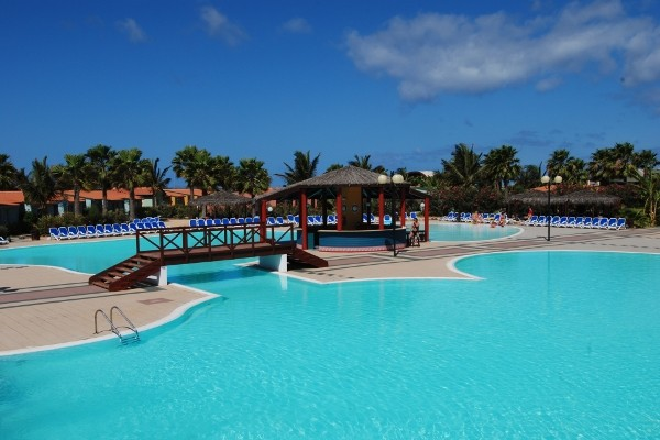Image sejour/cap vert le de sal hotel farol bravo club piscine 2